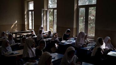 Dziewczynki w szkole w Afganistanie, 12 września