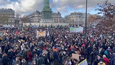 Protest branży kulturalnej w Paryżu