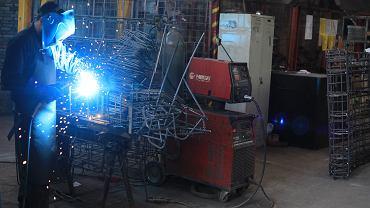 PMI dla przemysłu Polski najniżej od dziewięciu miesięcy