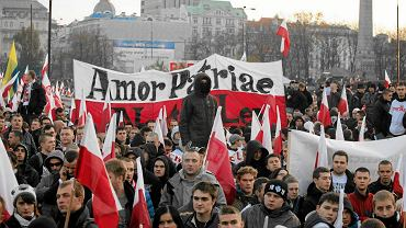 Podczas Marszu Niepodległości 11 listopada 2012 r. przed Pałacem Kultury i Nauki