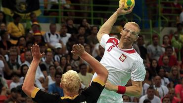 Karol Bielecki w meczu Polska - Niemcy na igrzyskach w Rio