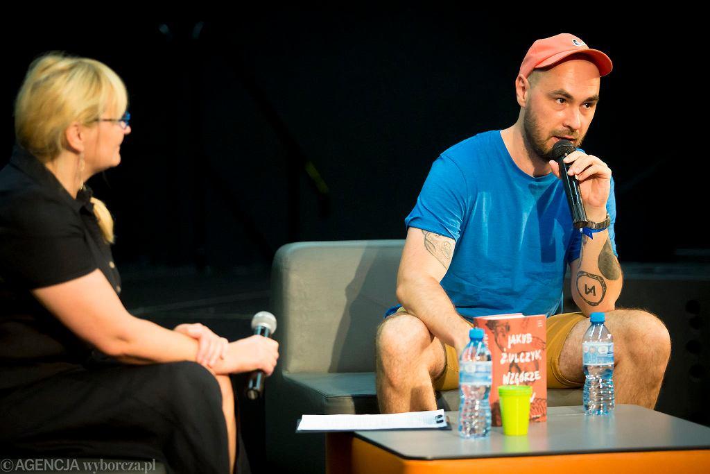 Jakub Żulczyk na spotkaniu z czytelnikami na festiwalu #bedzieczytane w Ełku / RENATA DĄBROWSKA
