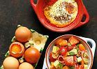 Jajka pieczone woliwie zsałatką zpomarańczy