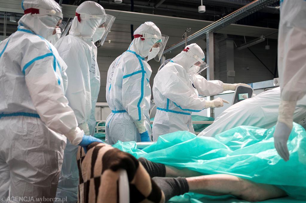 Epidemia koronawirusa - szpital tymczasowy w Pyrzowicach