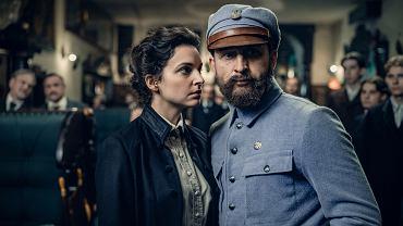 Borys Szyc i Maria Dębska w filmie 'Piłsudski' Michała Rosy