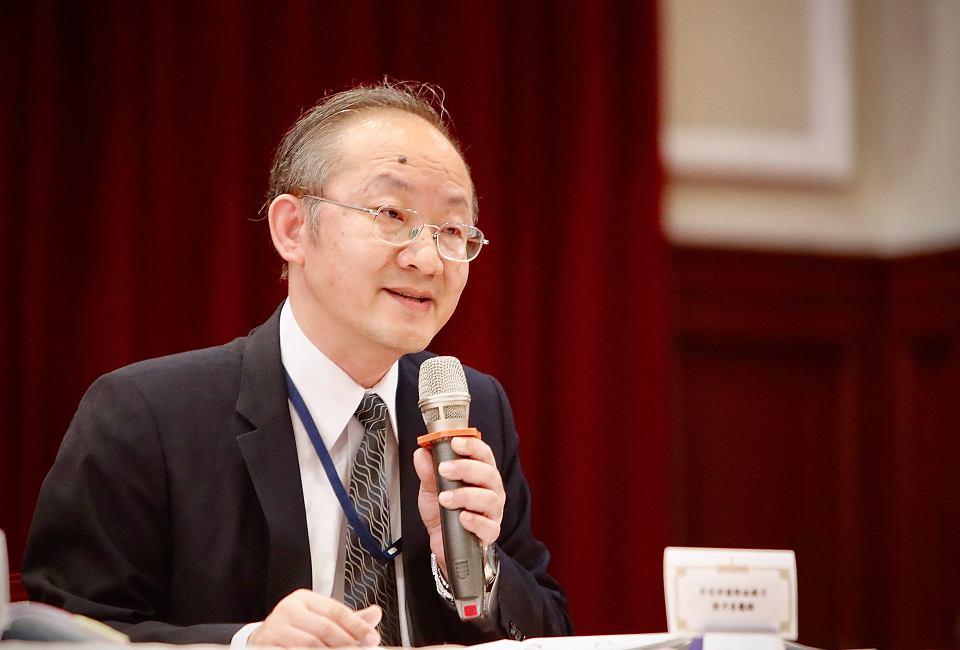 Bob L. J. Chen