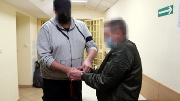 Wyłudzili 1,4 mln złotych z tarczy antykryzysowej. Posługiwali się fałszywymi dokumentami
