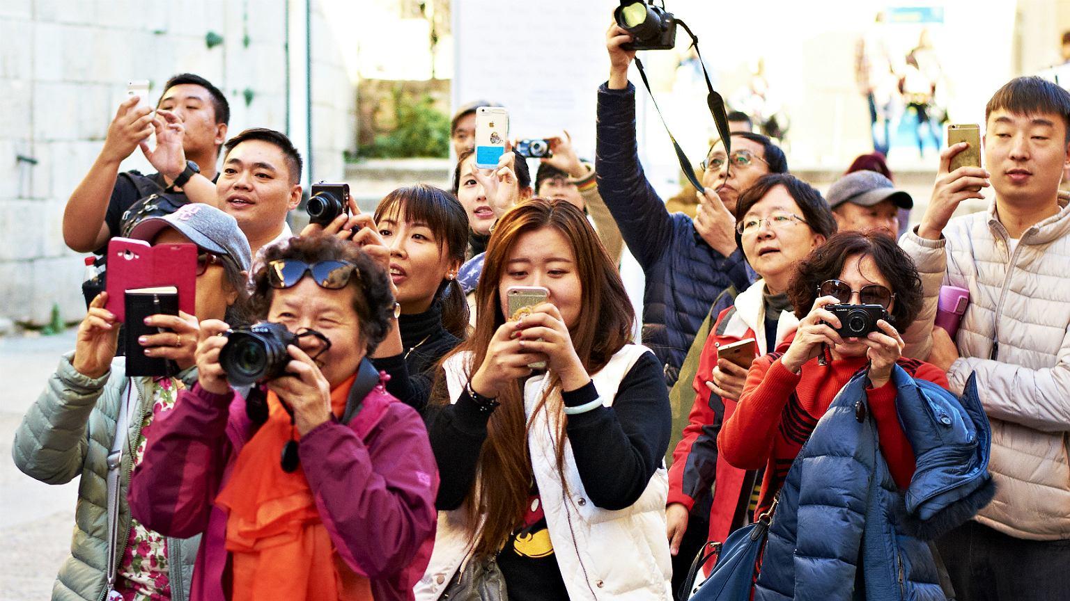 Polskę odwiedza coraz więcej turystów z Chin