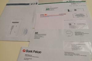 """Stos listów od banków wypadał ze skrzynki na zwroty. Poczta: """"To pomyłka pracownika"""""""
