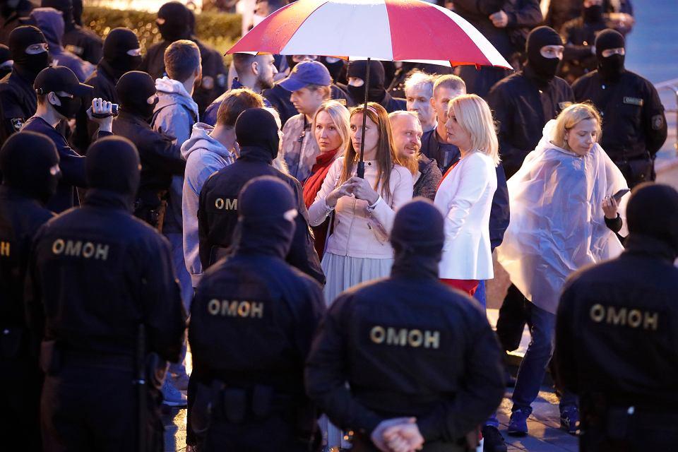 Zdjęcie numer 1 w galerii - Białoruś. OMON rozgonił demonstrantów w Mińsku