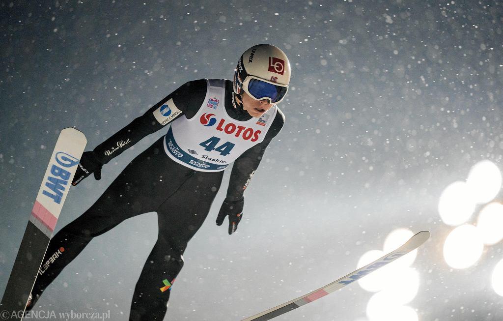 Zdjęcie numer 3 w galerii - Skoki narciarskie. Norwegowie narzekają na sędziów. Chodzi o Piotra Żyłę