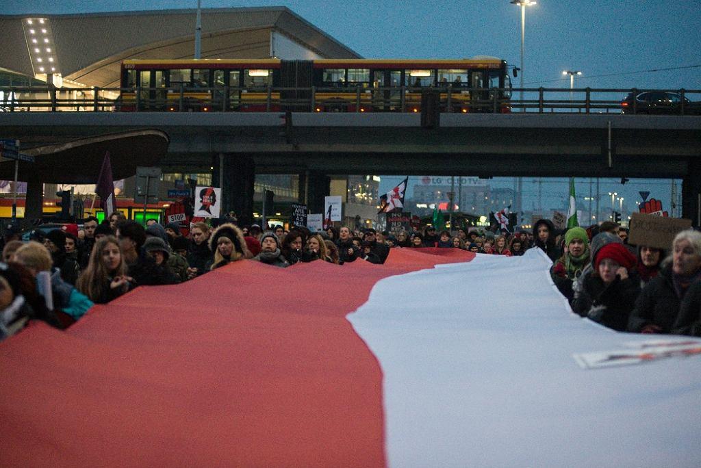 Czarny Protest. Strajk kobiet w Warszawie