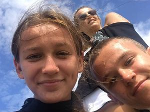 Mandaryna - Marta Wiśniewska - z dziećmi: Fabienne i Xavierem
