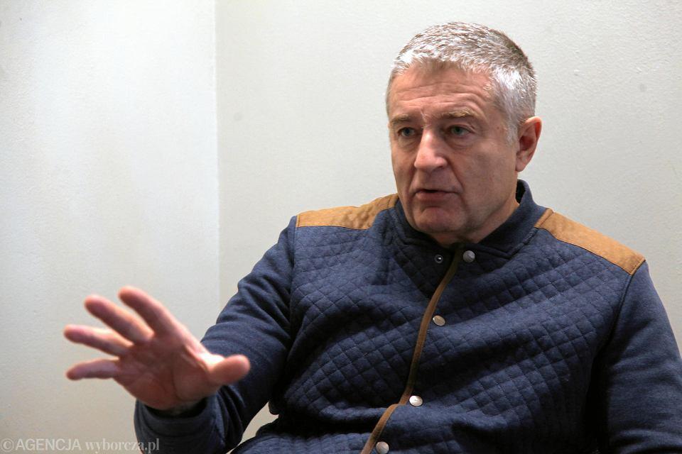 Władysław Frasyniuk w rocznicę stanu wojennego będzie sądzony za naruszenie nietykalności cielesnej policjantów
