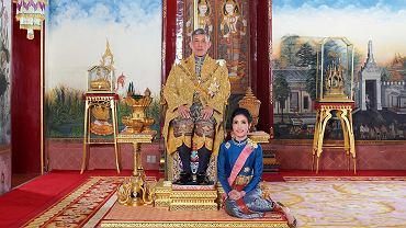 Król Tajlandii i jego oficjalna kochanka Sineenatra Wongvajirabhakdi