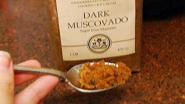 Drobnokrystaliczny cukier Muscovado to jeden z bardziej znanych towarów eksportowanych Filipin