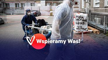 Praca medyków w czasie epidemii