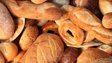 Gluten to mieszanina białek roślinnych powszechnie występująca w ziarnach zbóż: pszenicy, żyta i jęczmienia.