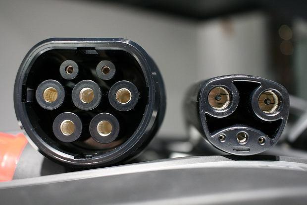 Ładowarka Tesla Type 2 (Europa) / Tesla (US)