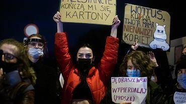 MEN grozi nauczycielom wspierającym strajk kobiet.