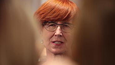 """Rafalska krytykowana po wpisie o """"pieniądzach od władzy"""". """"Nie brzydzi się pani brać kasę od UE?"""""""