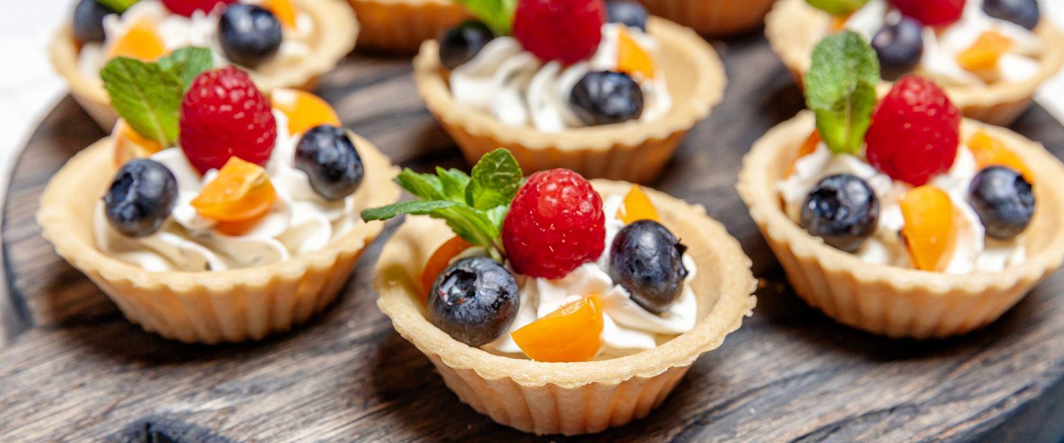 Kruche babeczki z owocami najlepsze