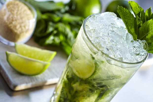 Mojito - jak zrobić słynnego drinka z rumem? [PRZEPIS]