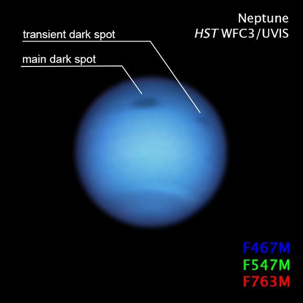 Dwie Ciemne Burze na Neptunie widziane z Kosmicznego Teleskopu Hubble'a