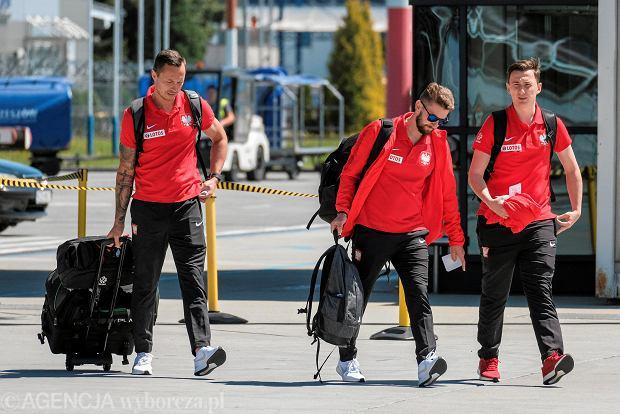 Zdjęcie numer 17 w galerii - W drodze na mundial. Piłkarze reprezentacji Polski lecą z Jasionki na mecz towarzyski z Chile [ZDJĘCIA]