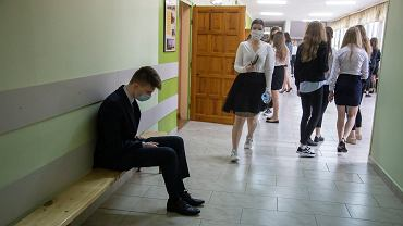Lektury obowiązkowe egzamin ósmoklasisty 2021