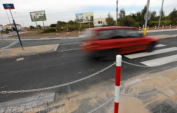 Drogi po remoncie, chodniki i ścieżki wciąż zamknięte