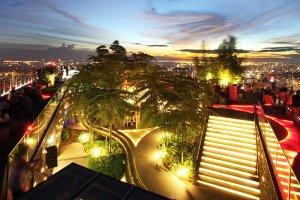 10 klubów i restauracji w Singapurze, które musisz zobaczyć
