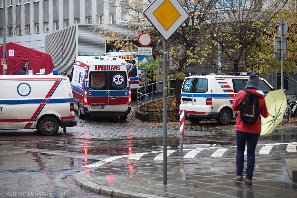 Szpitalom kończą się miejsca. 'Jesteśmy w przedsionku piekła' (zdjęcie ilustracyjne)