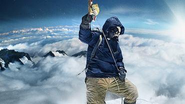 Historyczne zdjęcie Tenzinga (koloryzowane) na szczycie Everestu (29 maja 1953)