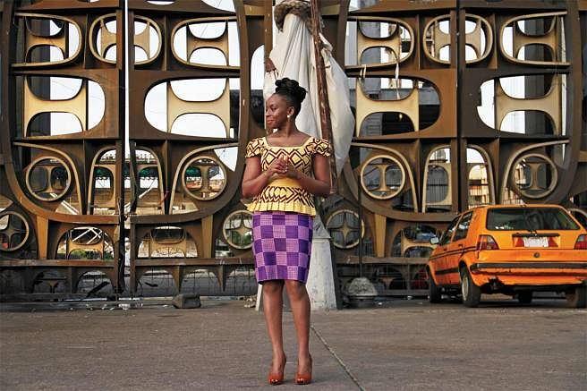 Chimamanda Ngozi Adichie, pasjonatka mody (Fot. www.elle.com)