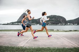 Biegaj z adidas PureBOOST X