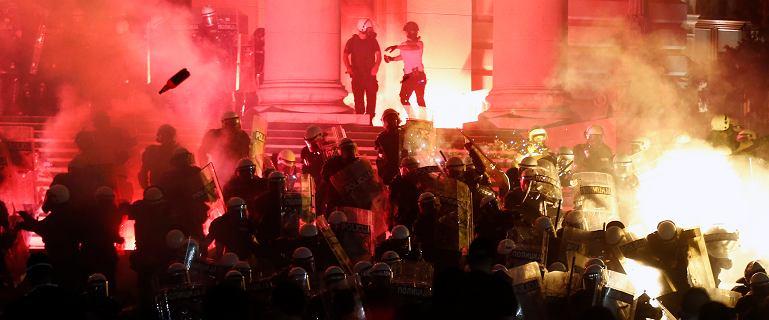 Kolejny dzień antyrządowych protestów w Belgradzie. 71 zatrzymanych
