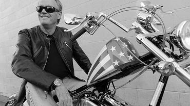 Peter Fonda na motorze Harley-Davidson
