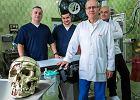 Usunęli żuchwę i zrekonstruowali ją z kości chorego. Drukarka 3D znów pomaga poznańskim chirurgom