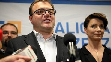 Znamy wyniki wyborów samorządowych 2018 w Radomiu. Radosław Witkowski prezydentem na drugą kadencję. Radość w sztabie Witkowskiego
