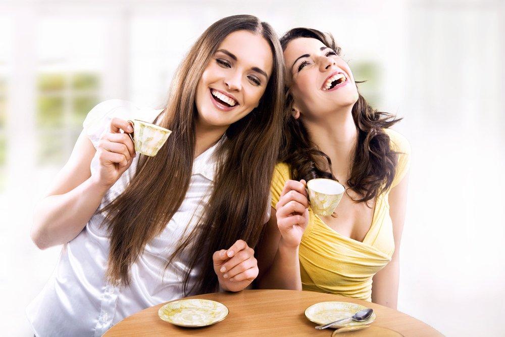 Savoir-vivre: gdy bojkotuje cię przyjaciółka twojej dziewczyny