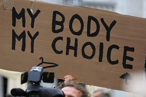 Kobiety z Irlandii Północnej dostaną dostęp do płatnej aborcji w Irlandii. Szykuje się zmiana prawa