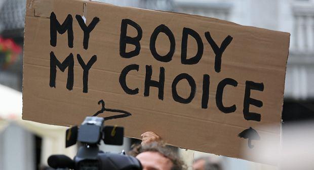 Ministrowi zdrowia Irlandii zależy na tym, żeby kobiety z Irlandii Północnej miały także dostęp do legalnej aborcji