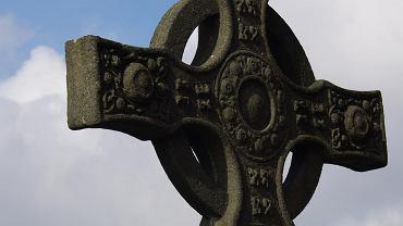 Krzyż celtycki - dowiedz się, co symbolizuje.