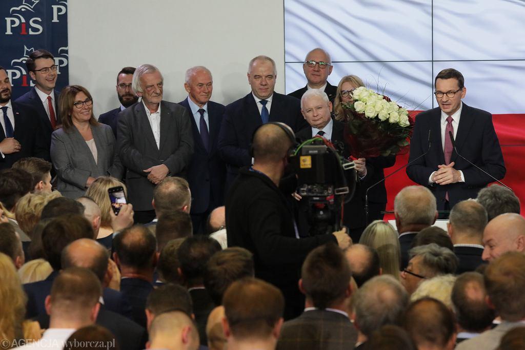 Wyniki wyborów parlamentarnych 2019. Wieczór wyborczy w sztabie PiS.