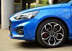 Opinie Moto.pl: Ford Focus 2.0 EcoBlue vs. VW Golf 2.0 TDI - porównanie. Starcie na szczycie