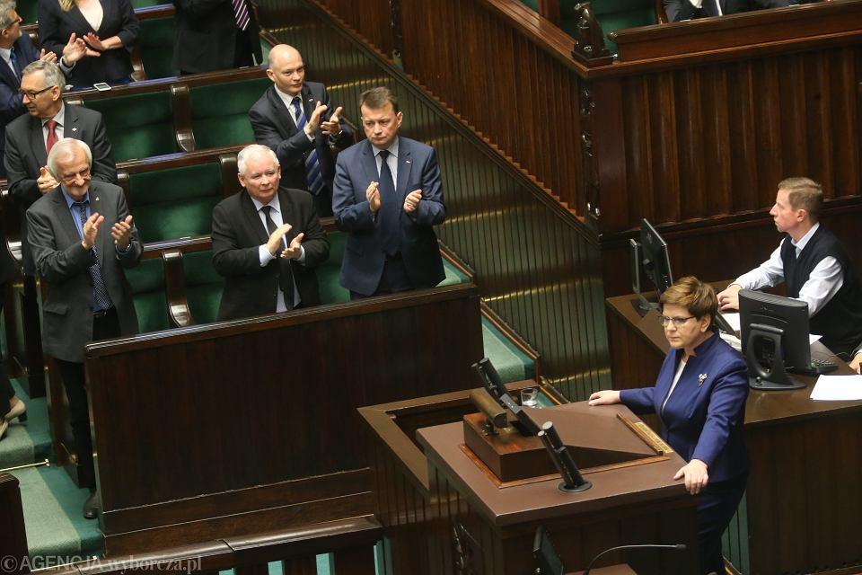 Premier Beata Szydło podczas piątkowego wystąpienia w Sejmie