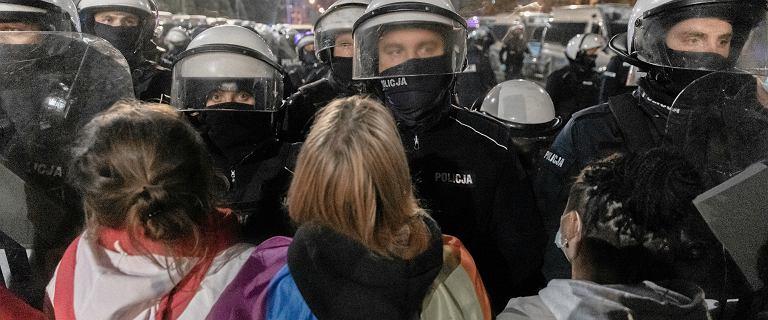 Protestujących czterokrotnie więcej niż policji. Szef KGP komentuje