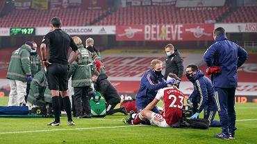 Groza na boisku. Piłkarz Premier League opatrywany przez 10 minut. Podano mu tlen [WIDEO]