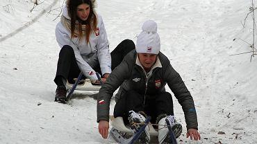 Olimpijki z UKS Nowiny Wielkie. Na pierwszym planie Natalia Wojtuściszyn, za nią Ewa Kuls